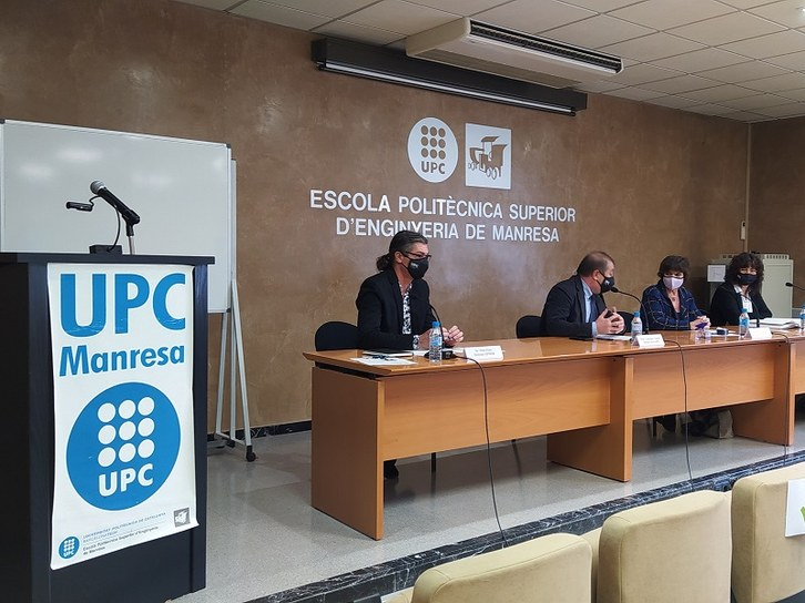 RPresaPossessiInmaculadaMartnez7.jpg — Escola Politècnica Superior  d'Enginyeria de Manresa. EPSEM — UPC. Universitat Politècnica de Catalunya