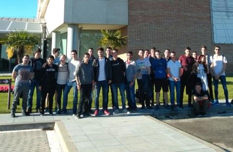 Visita d'estudiants a l'empresa HP